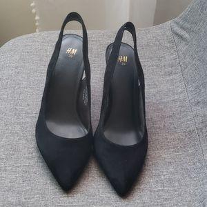 H&m black suede pump heels